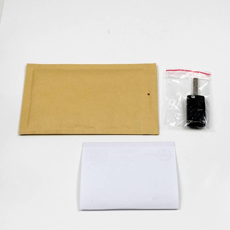luftpolster umschlag und schl ssel im plastikbeutel. Black Bedroom Furniture Sets. Home Design Ideas